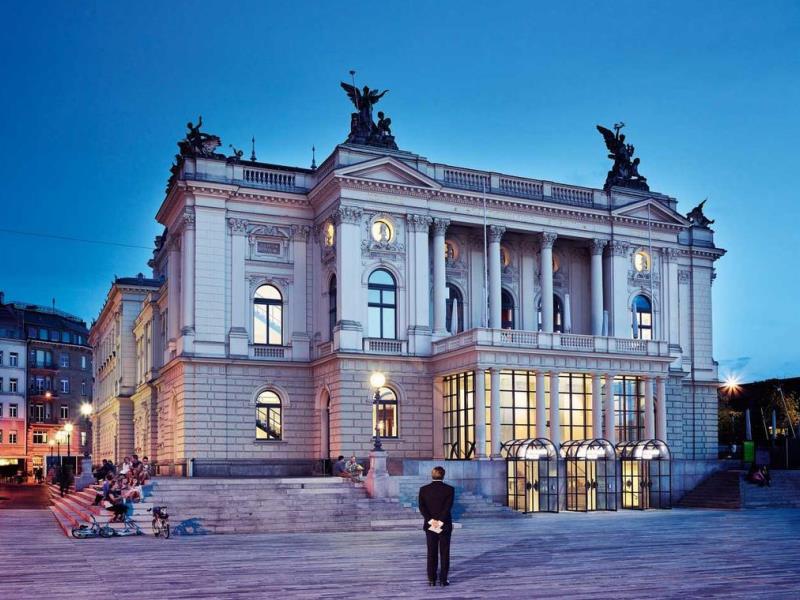 Opernhaus, Falkenstrasse 1
